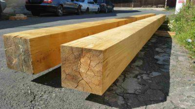 Dřevěné trámy 20x20cm